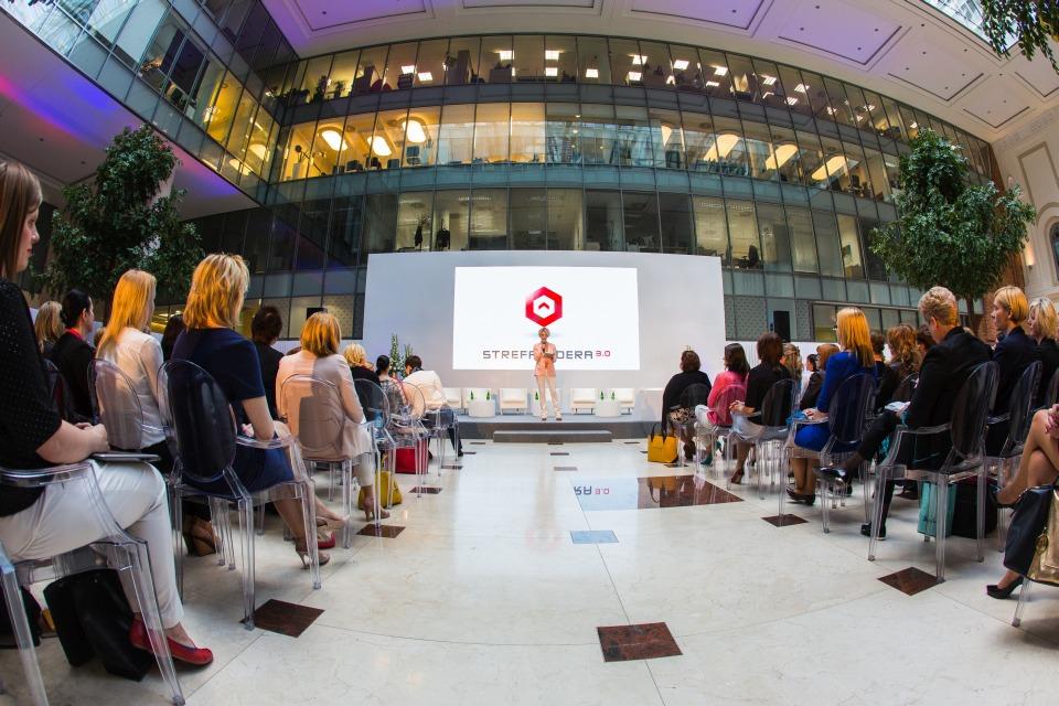 panel dyskusyjny dla kobiet-menedżerek PKN ORLEN przy udziale autorytetów w obszarze biznesu i psychologii