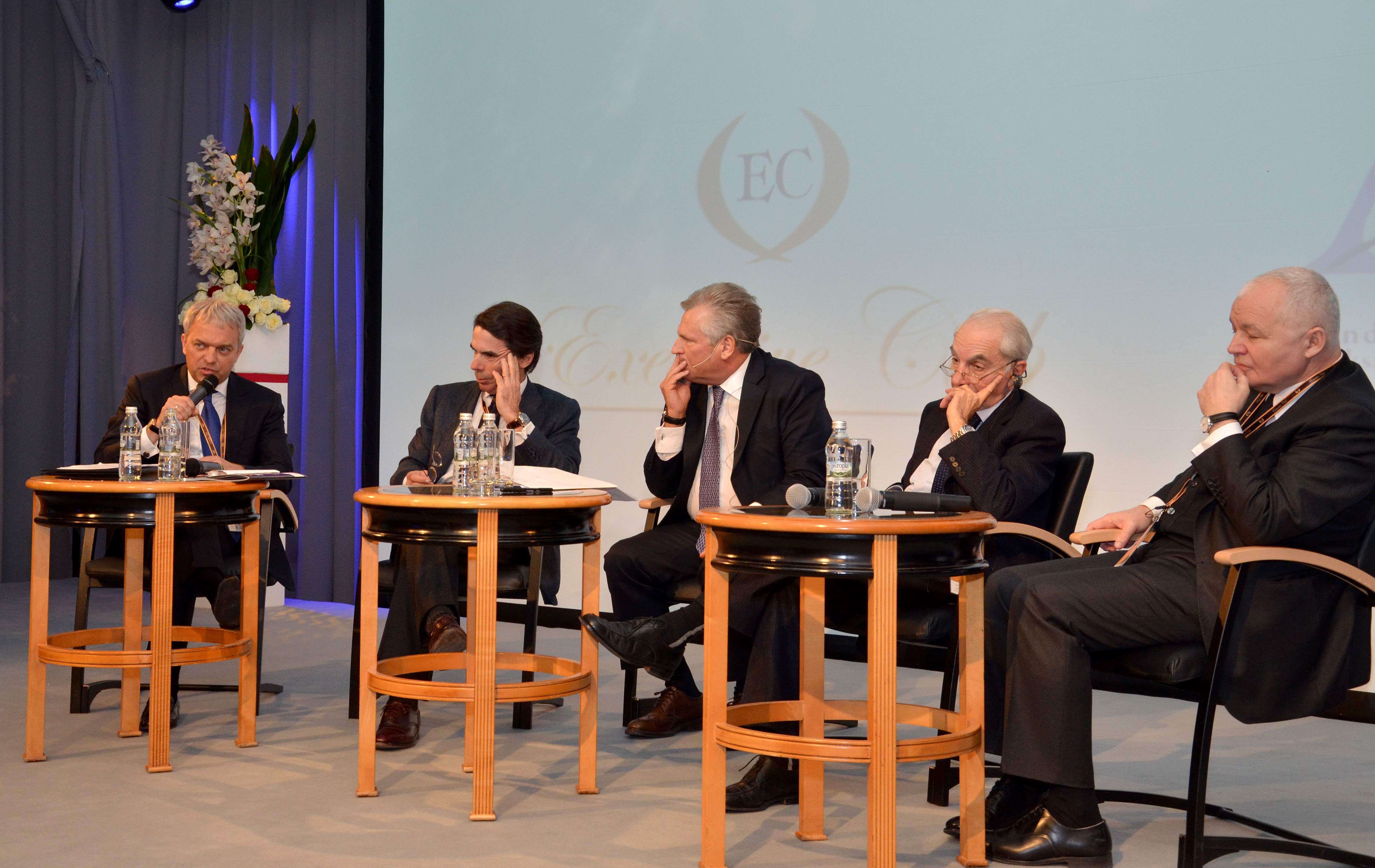 European Executive Forum - Leadership of the past and leadership of the future